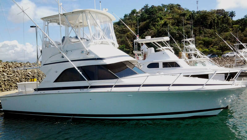 36 ft Luxury Bertram Quepos Costa Rica